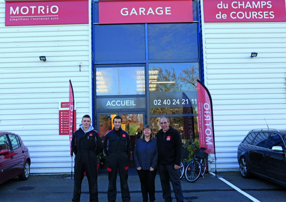 Garage du Champs de Course